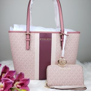 🌺Michael Kors Carryall Tote and Wallet set Ballet